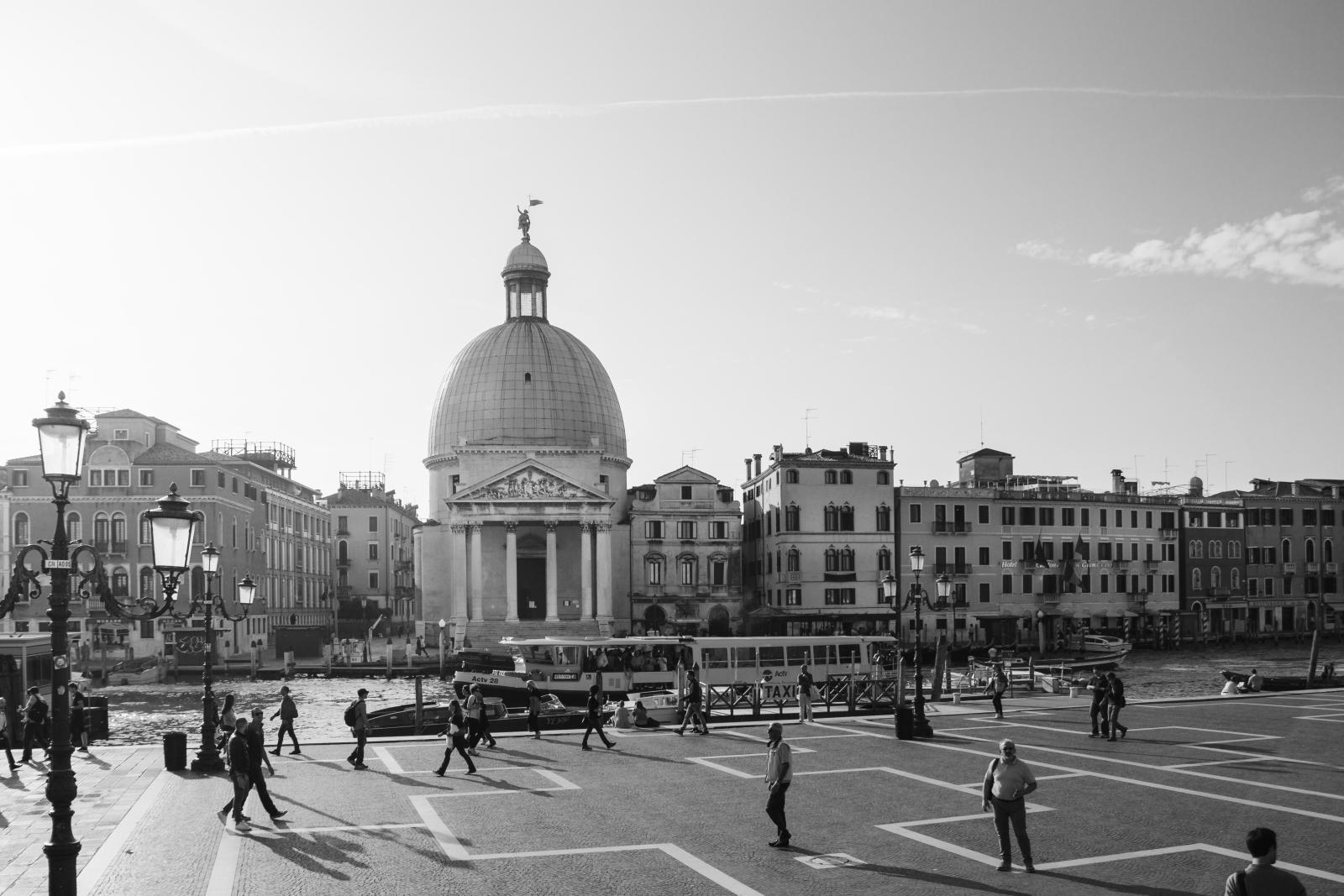 Venedig vom Bahnhof aus