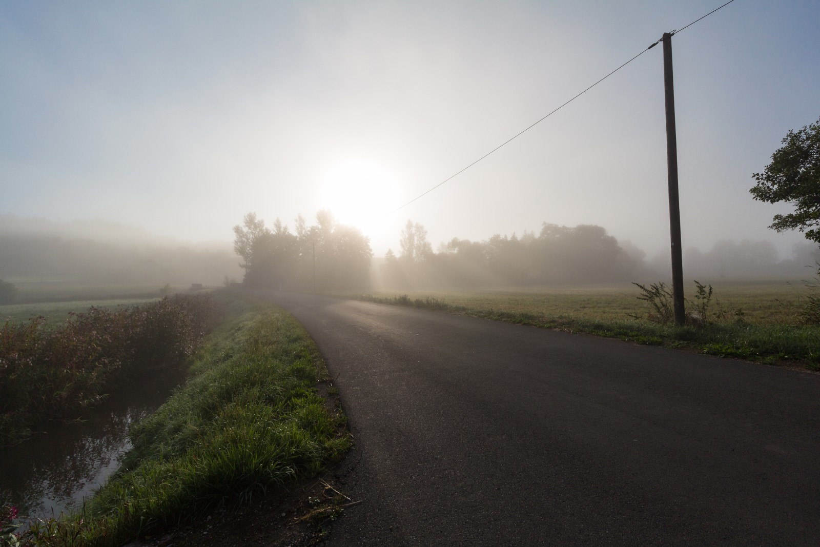 Straße Nebel